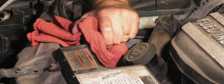 Hur fixar man radiatorn i bilen?