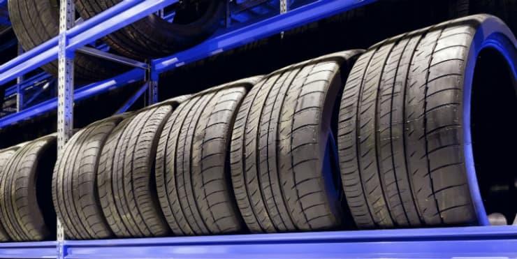 Kann ich breitere Reifen an mein Auto montieren?
