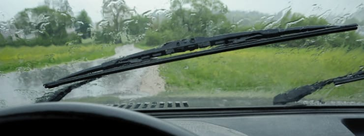 Get your windscreen wipers replaced