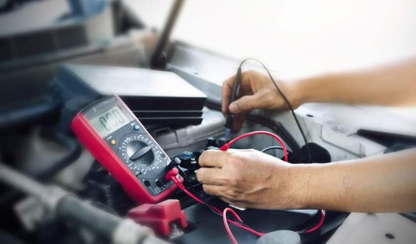 elektrische arbeiten auto elektronik