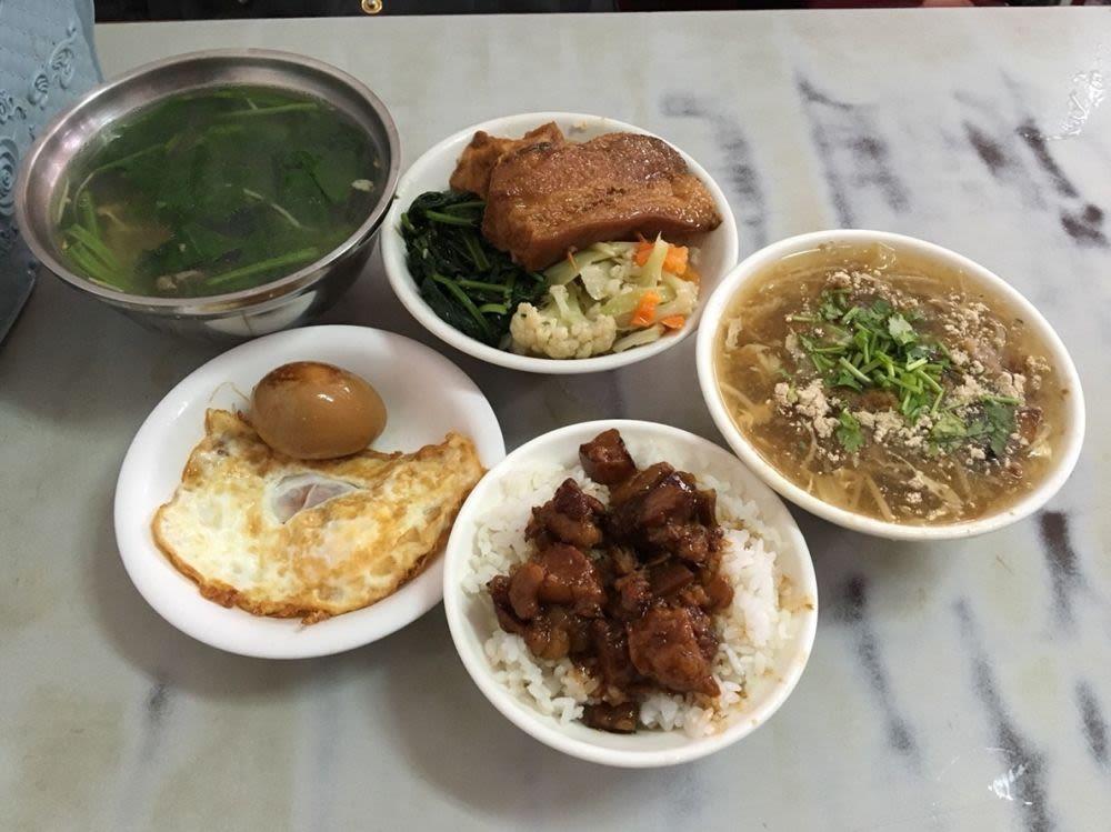恆春阿宗爌肉飯餐點
