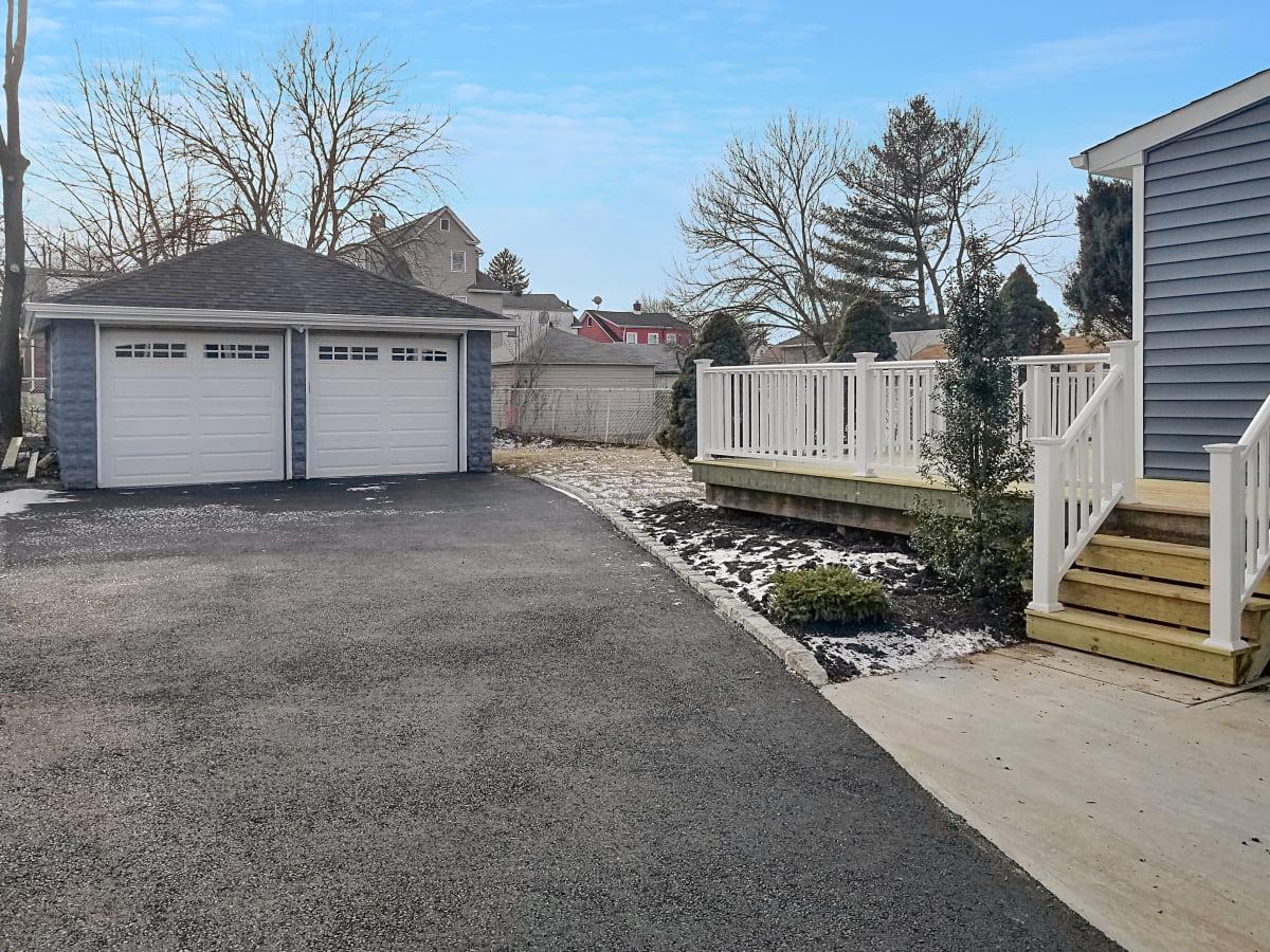 Yard - Garage