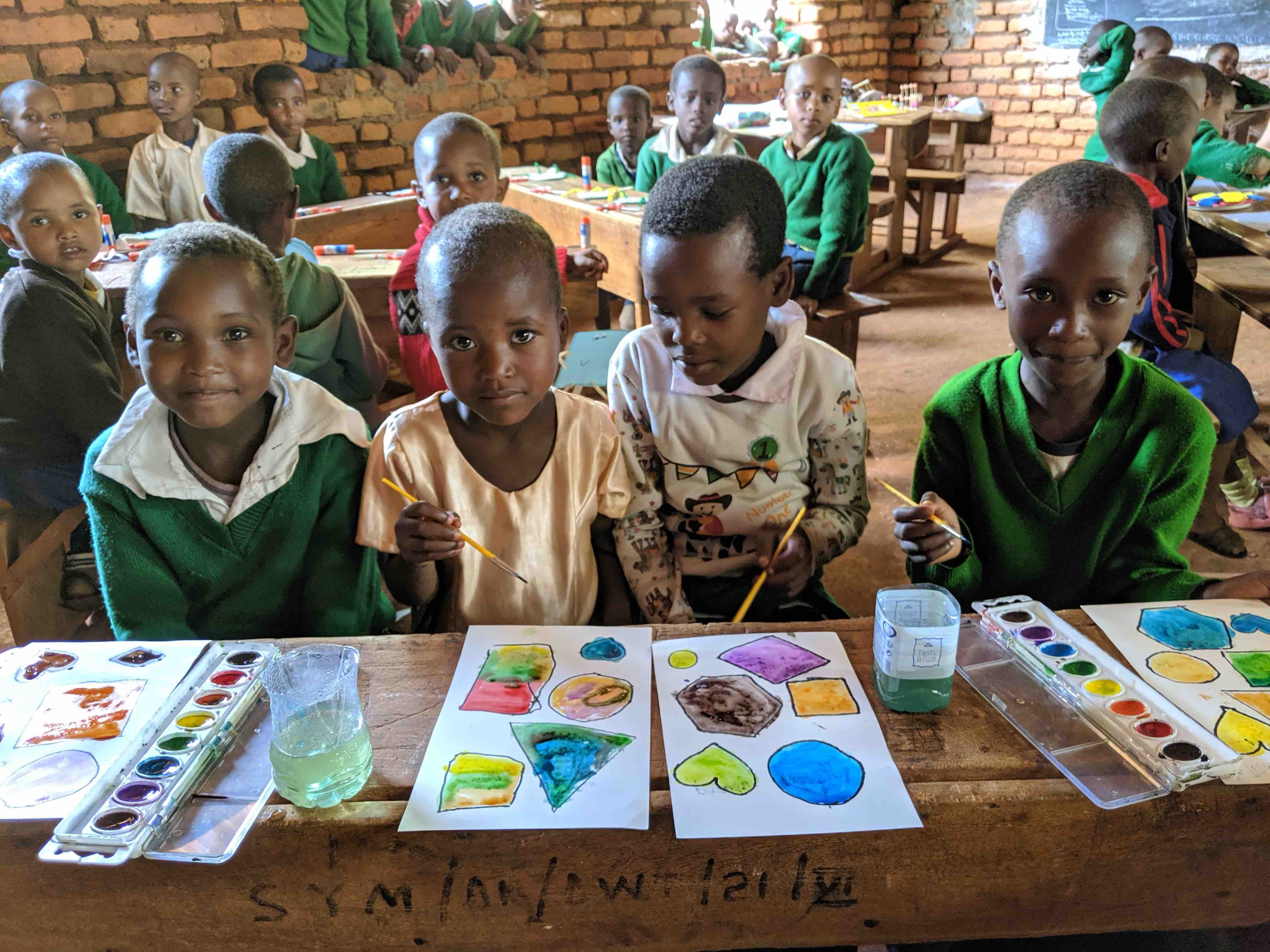 6.1 Projects - Recurring projects - Primary school art class 02-small.jpg