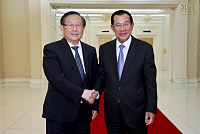 Samdech Techo Hun Sen meets Chinese...