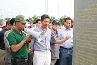 Sun Chanthol led more than 200 Koh...