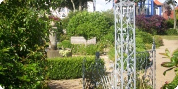 Garten Anlegen Lassen Und So In Wenigen Wochen Eine Wohlfühloase Entstehen  Lassen