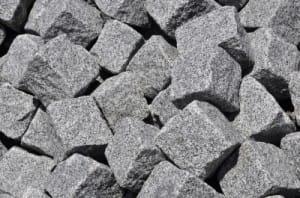 Granit: beliebtes Material für Pflastersteine
