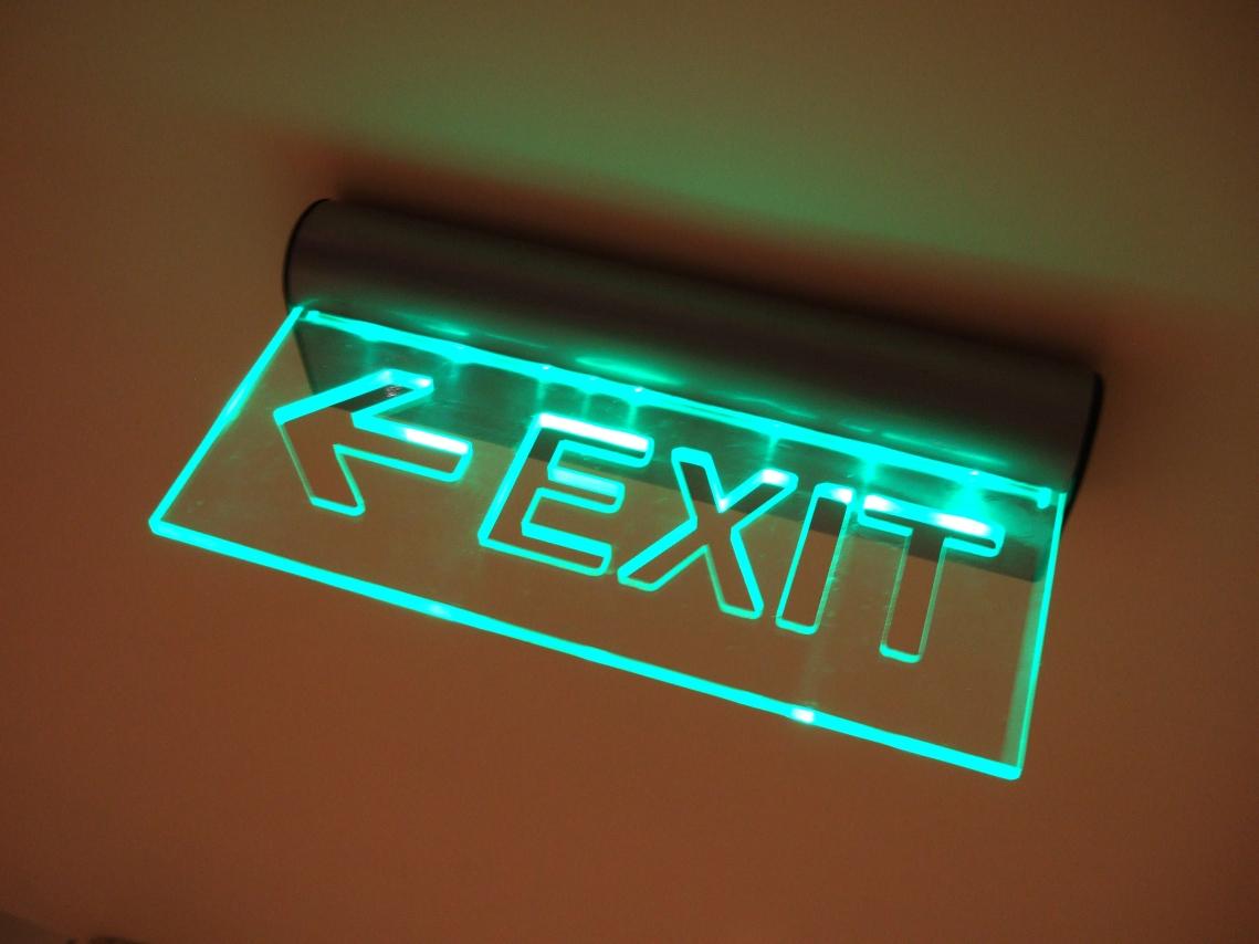 plexiglas ist leicht und biegsam. Black Bedroom Furniture Sets. Home Design Ideas