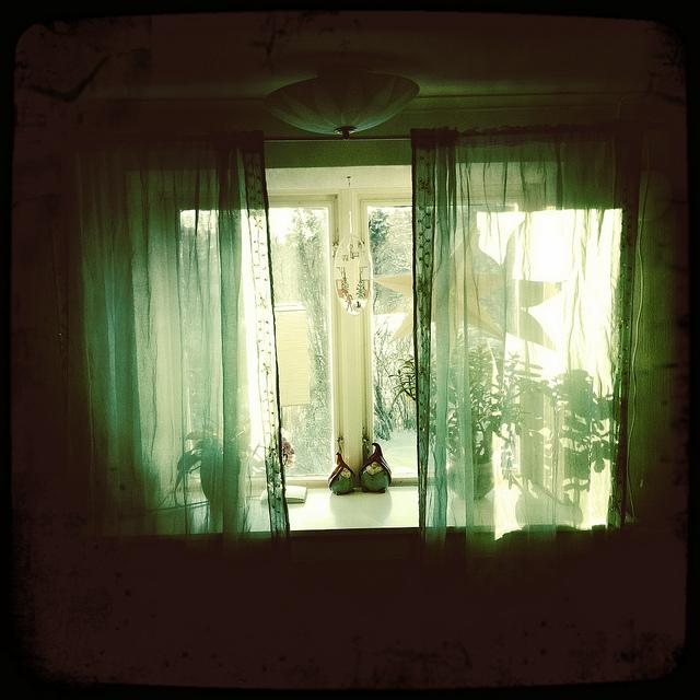 fensterdekoration gardinen schienen vorhang. Black Bedroom Furniture Sets. Home Design Ideas