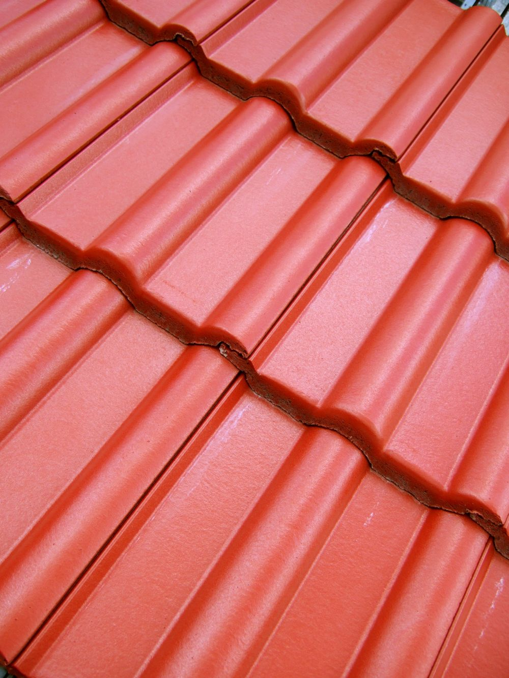 dachziegel engobiert blickfang auf jedem dach. Black Bedroom Furniture Sets. Home Design Ideas