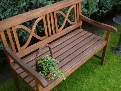 Wissenswertes über Holzmöbel Für Den Garten