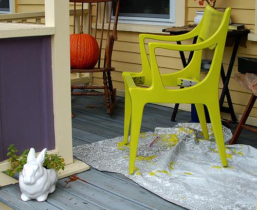 holzm bel streichen fachgerechte oberfl chenbehandlung beim m belbau. Black Bedroom Furniture Sets. Home Design Ideas
