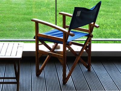 thermoesche terrassendielen die alternative zu tropenholz. Black Bedroom Furniture Sets. Home Design Ideas