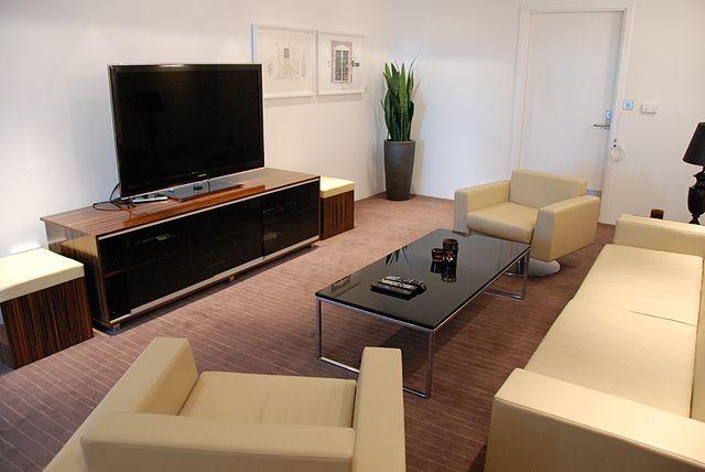 wie den richtigen sat receiver finden. Black Bedroom Furniture Sets. Home Design Ideas