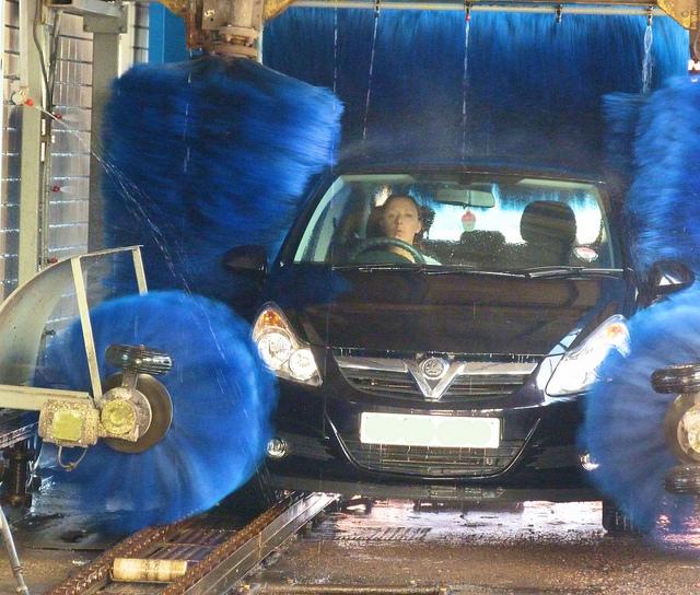 Was Sie Beim Auto Waschen Beachten Sollten