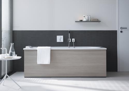 einbau einer badewanne tipps varianten gefahren. Black Bedroom Furniture Sets. Home Design Ideas