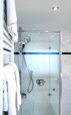 dusche bauen was sie wissen und beachten m ssen. Black Bedroom Furniture Sets. Home Design Ideas