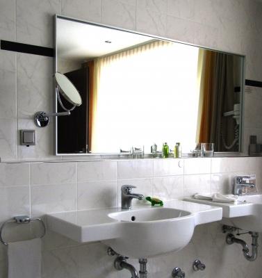 f r ihr neues waschbecken platzverh ltnisse und montageart beachten. Black Bedroom Furniture Sets. Home Design Ideas