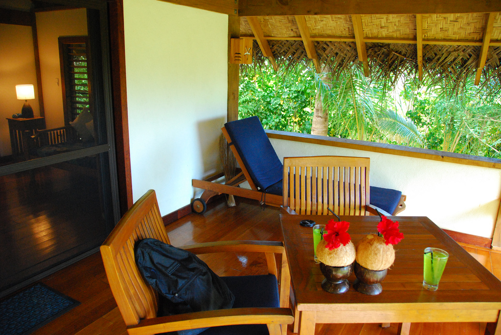 terrasse berdachen g nstig vor wind und wetter sch tzen. Black Bedroom Furniture Sets. Home Design Ideas