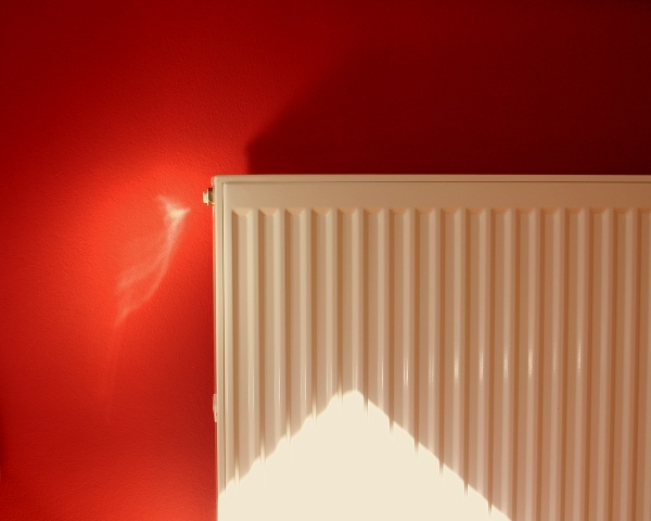 flachheizk rper gro e w rmeleistung effizienz bei. Black Bedroom Furniture Sets. Home Design Ideas