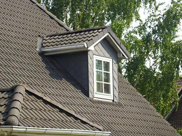 experten tipps zur dachgaube so schaffen sie wohnraum mit stil. Black Bedroom Furniture Sets. Home Design Ideas