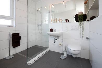 Barrierefreiheit – Worauf ist beim Badezimmerumbau zu achten?