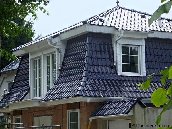 experten tipps zur dachgaube so schaffen sie wohnraum mit. Black Bedroom Furniture Sets. Home Design Ideas