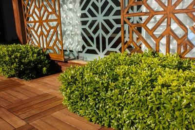 terrassengestaltung vielf ltige wege lassen keine w nsche offen. Black Bedroom Furniture Sets. Home Design Ideas