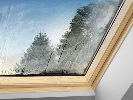 beschlagene dachfenster das hilft. Black Bedroom Furniture Sets. Home Design Ideas