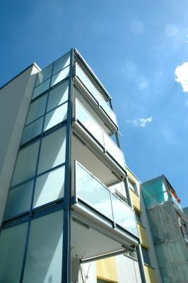 Balkon Sichtschutz Glas: Vorteile & Ausführungen