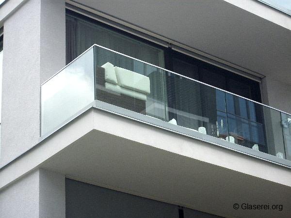 Extrem Balkongeländer: Glas ist funktional & elegant! RS66