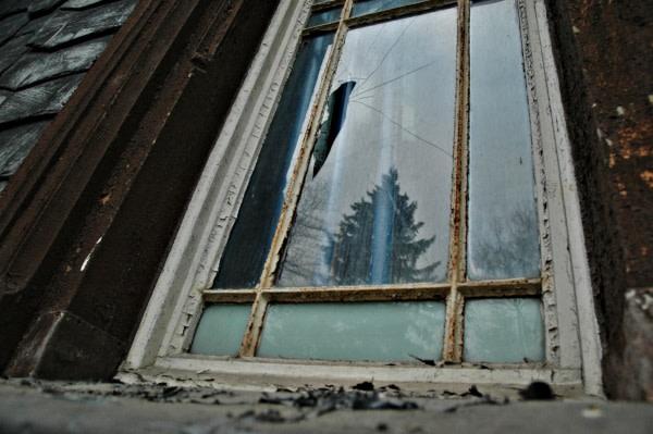 Fensterscheibe austauschen oder reparieren?