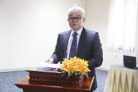 Deputy Prime Minister Aun Porn...