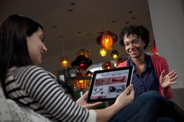 効率的になるための一貫性があり即効性の高い手段を得た顧客と営業担当者は、互いに信頼し合える。