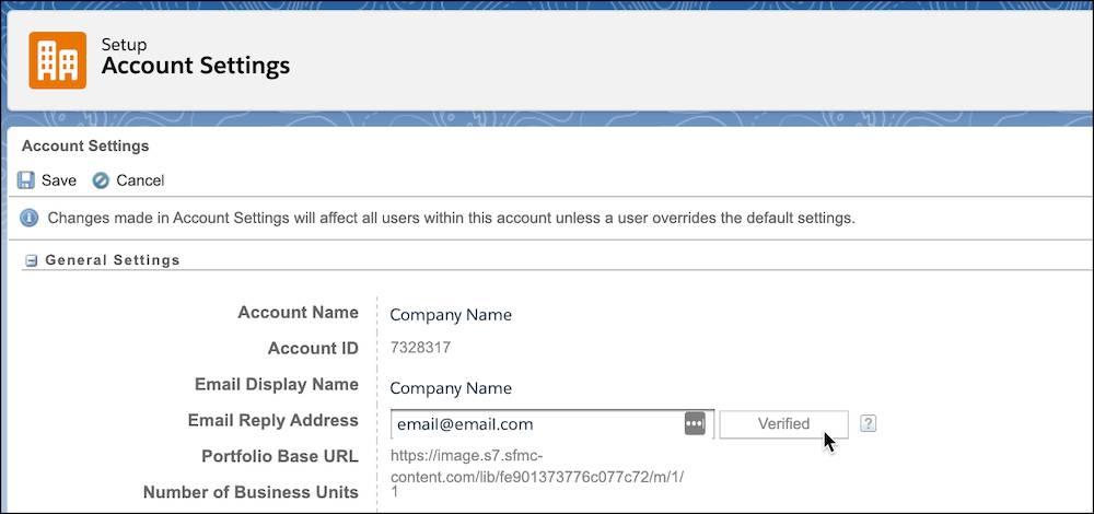 Paramètres du compte avec l'adresse e-mail de réponse vérifiée.