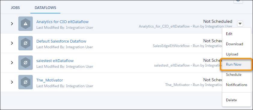 [今すぐ実行] オプションが強調表示されている [データフロー] ビューページ