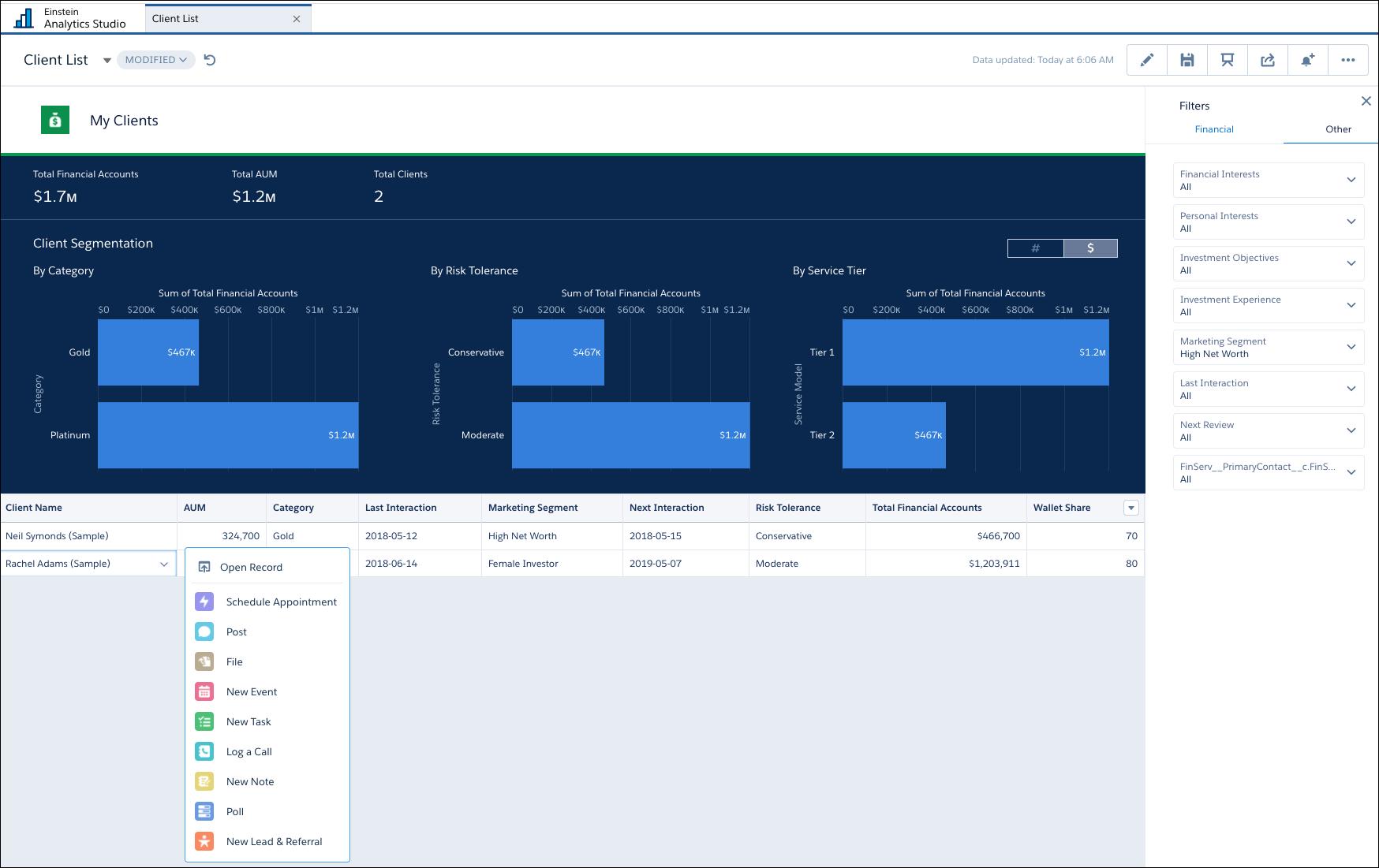[アドバイザー分析] ビューを示すスクリーンショット。[クライアントリスト] タブが強調表示されています。