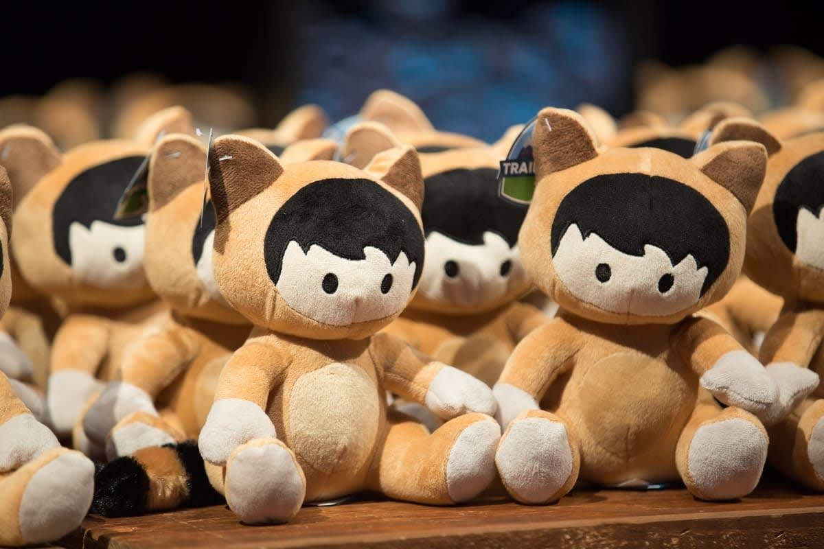 Many stuffed-toy Astros.