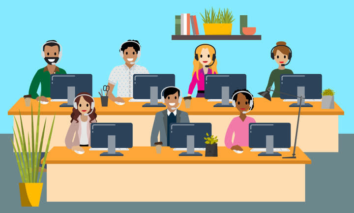 As equipes de vendas trabalham cada vez mais em suas mesas, no escritório