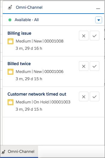 Les demandes de tâche apparaissent dans l'utilitaire Omni-Channel. Selon les paramètres Omni-Channel, les utilisateurs peuvent accepter ou refuser une demande de tâche.