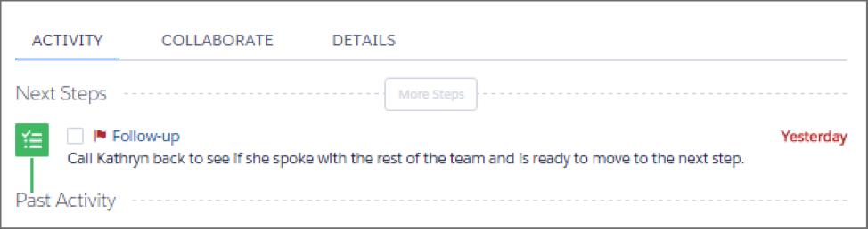 活動タイムラインに期限切れのフォローアップ ToDo が表示されている [活動] タブ。