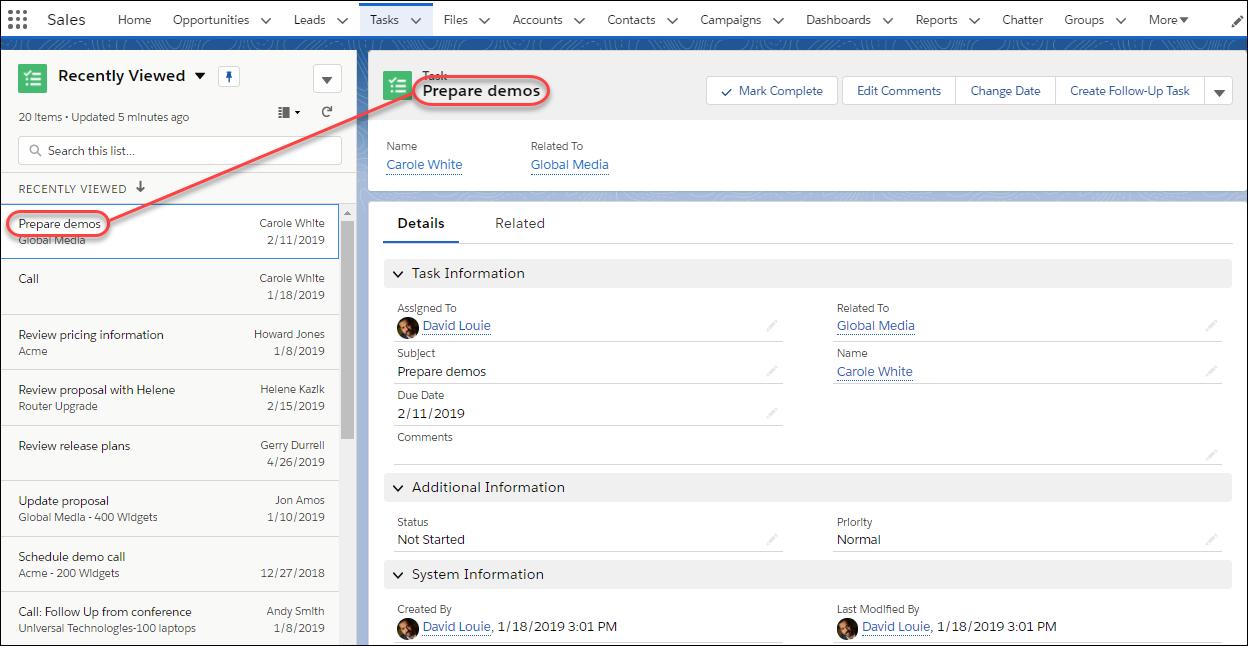 La página de tareas tiene una vista de lista a la izquierda y una vista de detalles a la derecha