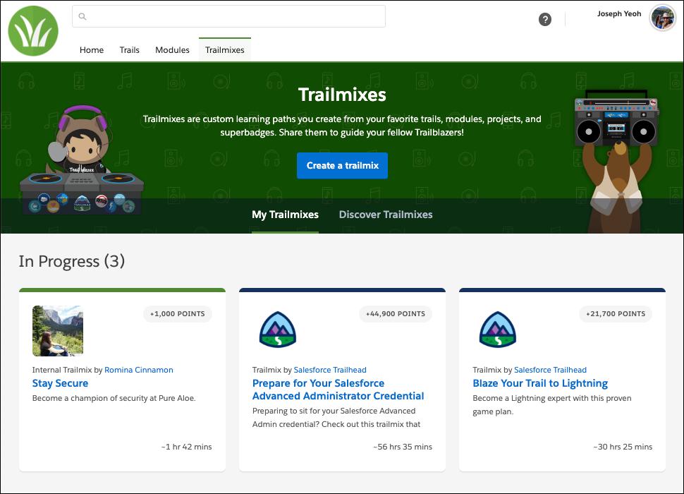 Page Trailmixes sur le site myTrailhead de PureAloe affichant le logo de PureAloe ainsi que la couleur de la marque sur l'en-tête de page, le Trailmix et les onglets de navigation.