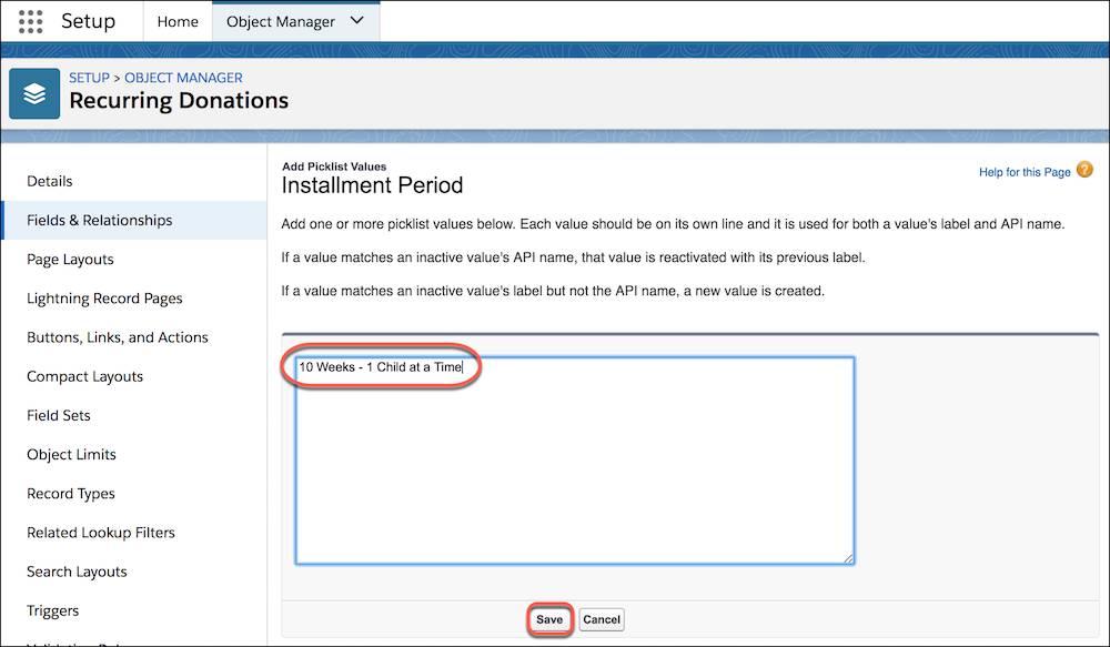 Page de configuration des dons réguliers avec les valeurs de la liste de sélection Période de versement mises en évidence