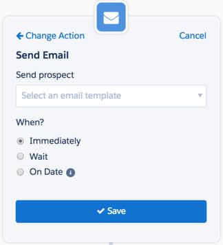 [アクション] ステップを選択し、[メールを送信] を選択し、送信日を入力します。