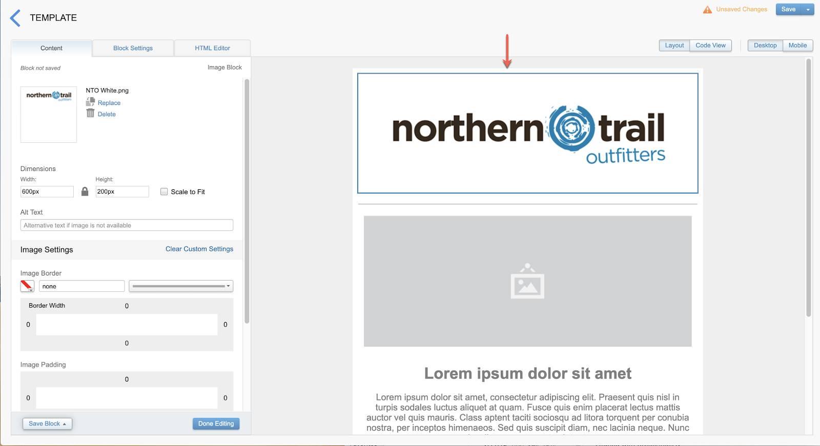 Captura de tela que mostra o layout do modelo de email depois que o logotipo da Northern Trail Outfitters foi adicionado ao bloco de conteúdo principal.