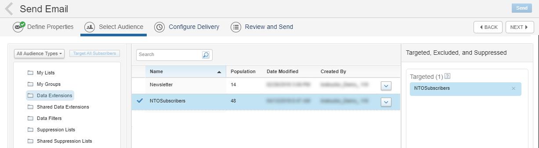 Captura de tela que mostra Extensões de dados selecionado na coluna à esquerda, NTOSubscribers selecionado na coluna do meio e NTOSubscribers selecionado na coluna à direita.