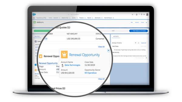 As oportunidades de renovação são criadas automaticamente, transportando dados críticos de negócios.