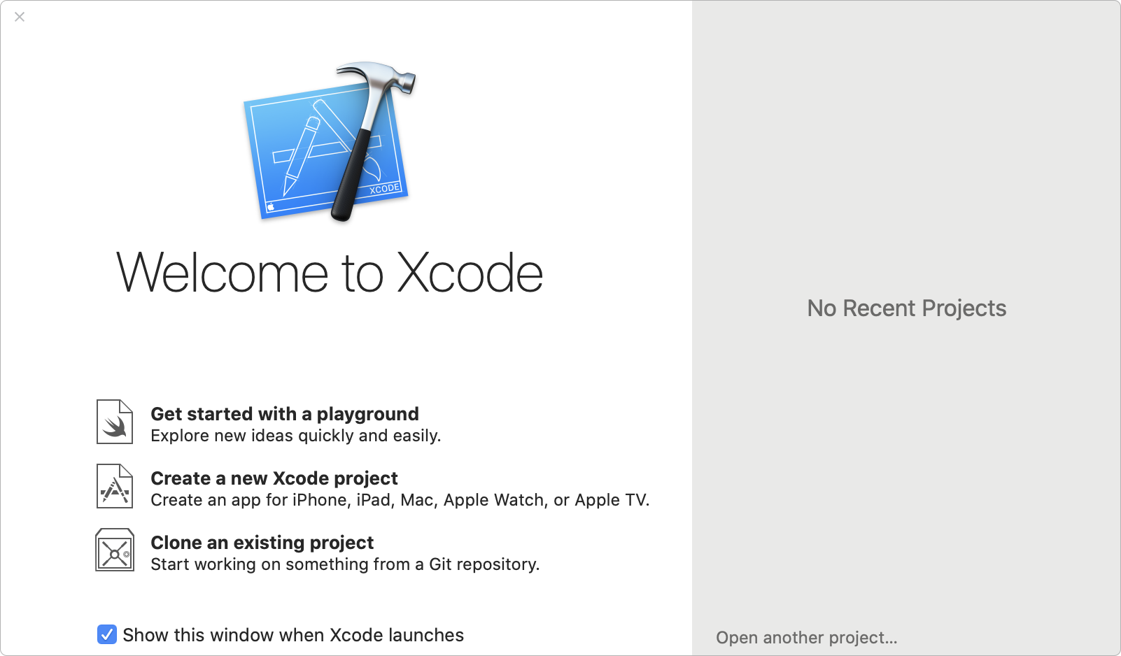 The Xcode splash screen highlighting features such as get started with a playground, create a new Xcode project, and clone an existing project.