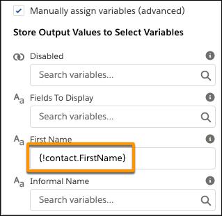 Volet des propriétés, où la valeur du champ First Name (Prénom) figure sous Store Output Values (Stocker les valeurs de sortie)